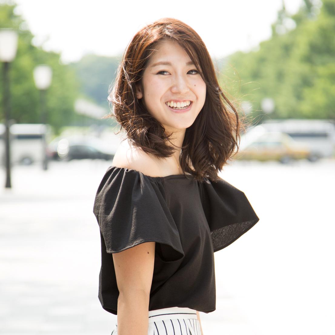 #1 坊城佳奈子さん「ストライプタイト」