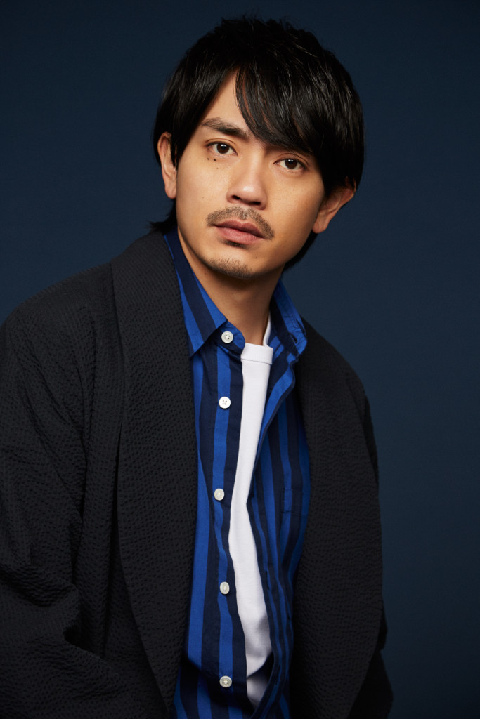 明日公開! 「たたら侍」主演【青...
