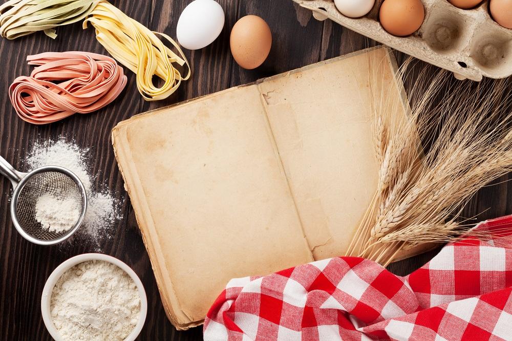 (3)料理の本などで家庭的アピール
