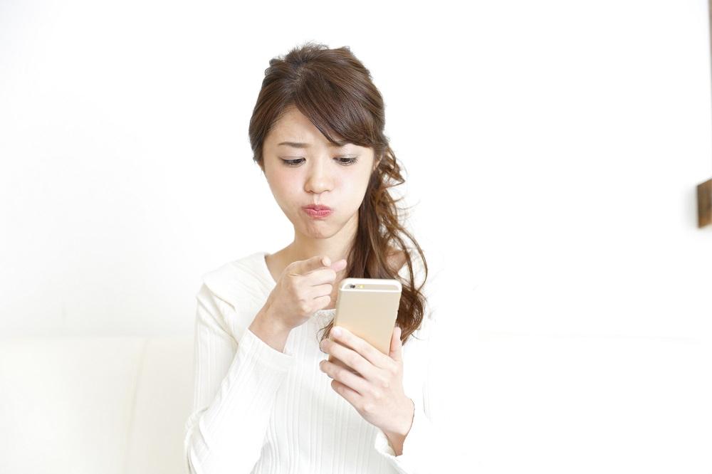 (3)「ごめん、携帯が壊れていて…」