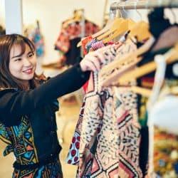 慶応現役女子大生が社長⁉「世界一、愛が詰まったお洋服」ができるまで