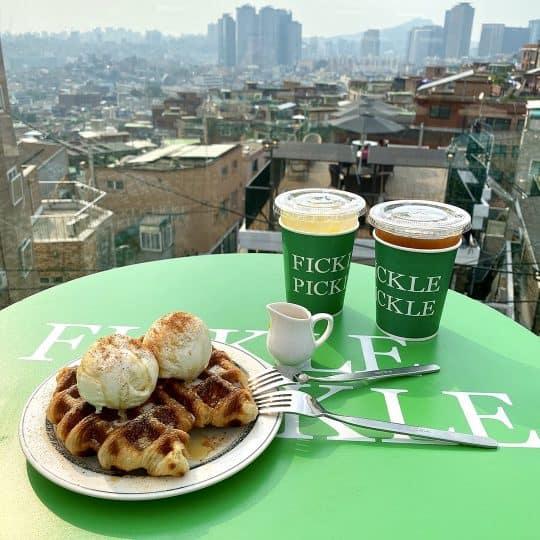 ダルゴナコーヒーに続くヒット!韓国No.1人気のクロッフルカフェって知ってる?