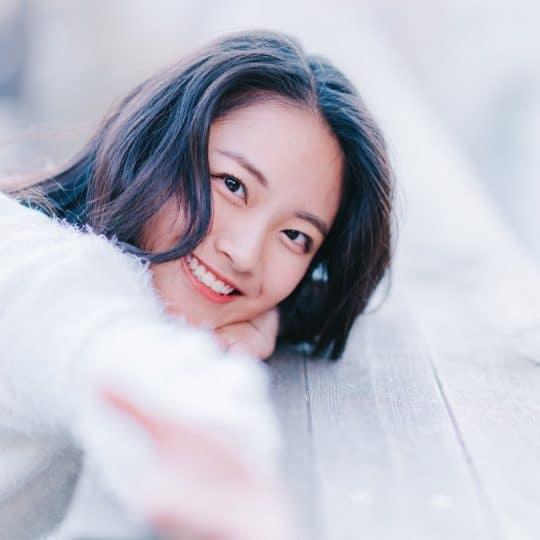 元アイドルの現役慶応大学生が直伝!マスク前提の愛用アイメイク大公開