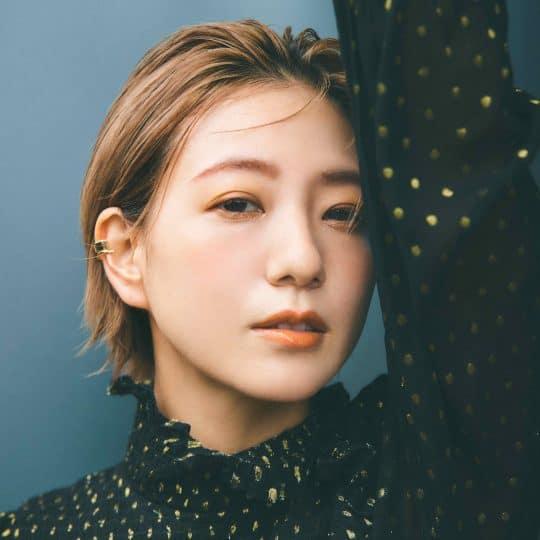 誰もが憧れる美肌&小顔の持ち主♡伊藤千晃さんのプライベート美容、聞いてみた