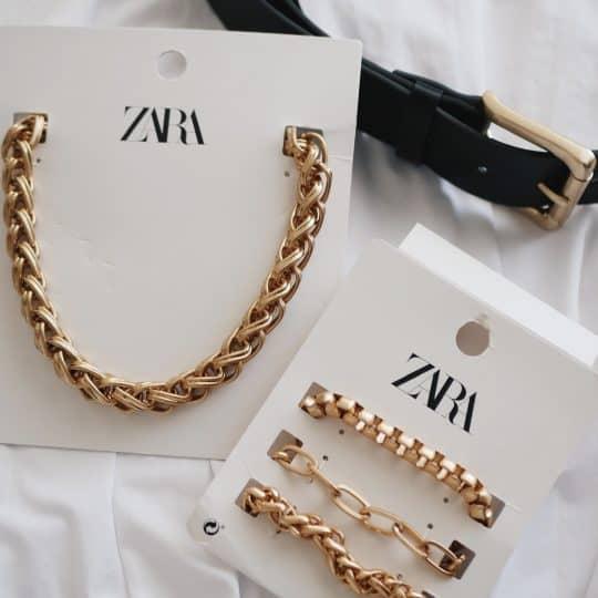 シンプル服が高見えする!¥3000以内で買える【ZARAのゴールドアクセ】でコーディネートが垢抜けた件