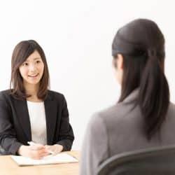 新卒就活の面接対策に!基本的な流れやマナー、良く聞かれる質問内容を解説【就活連載⑪】