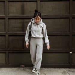 【H&M】着るだけで海外セレブ風になれる!スウェットセットアップ着こなし見本