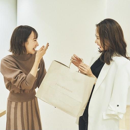大人気【神戸女子・塚本いづみ】実はキレイめファッションのほとんどが〇〇の服って知ってる?