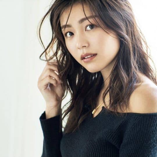 美脚&小顔が注目の的!JJガール安田華乃さんのヘルシー美人な私生活8選