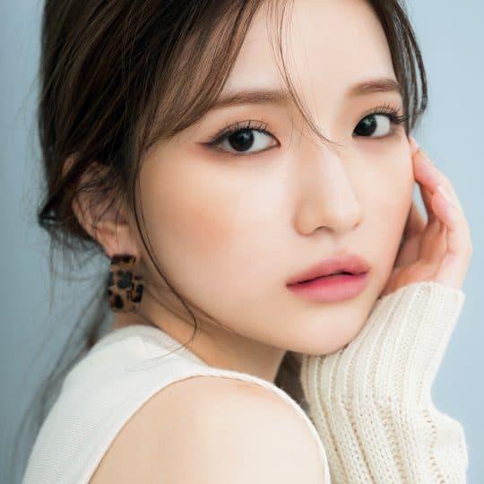 あの人気K-POPアイドルが溺愛コスメで美人顔の作り方を伝授!