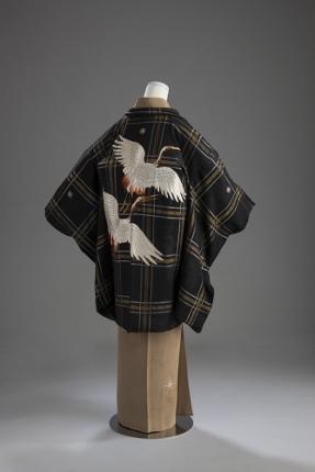 【B】双鶴飛翔の羽織姿 (287x430)