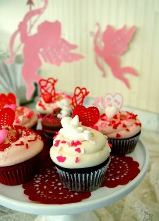 Valentine%27s Day Cupcakes (310x430)